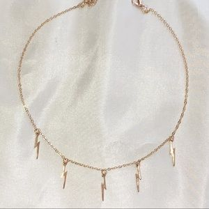 storming choker necklace